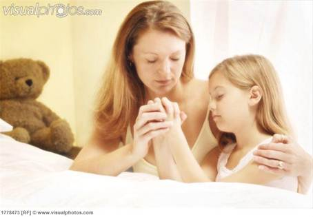 Mother Daughter praying