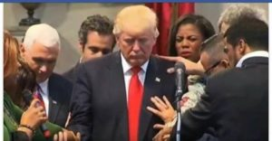 praying-for-trump